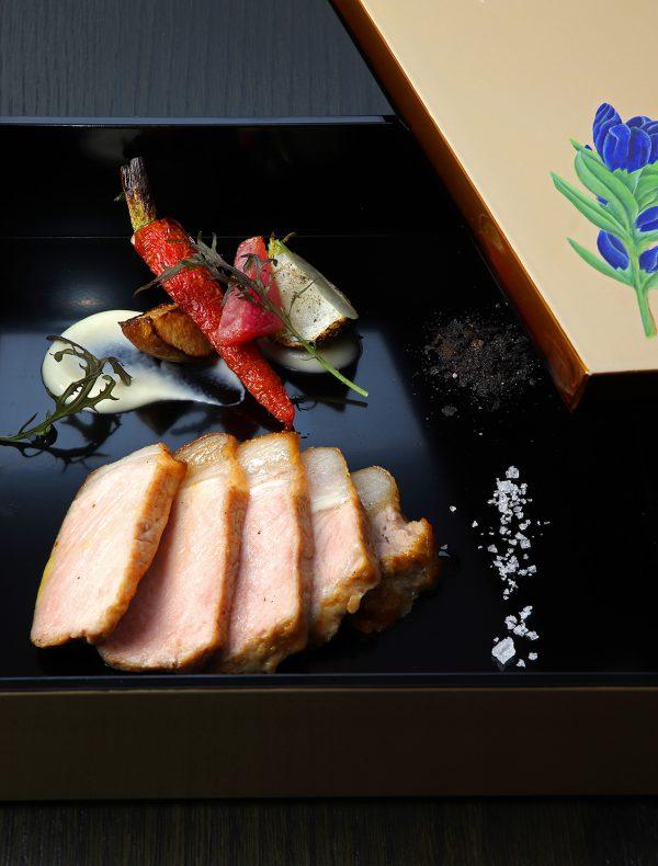 京都産日吉豚とこだわり産直野菜のオーブン焼き シンプルに…