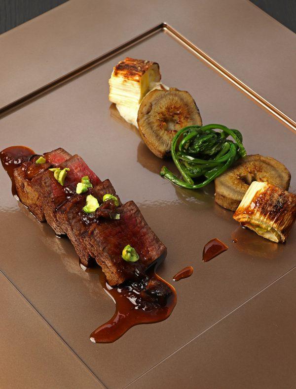 牛フィレ肉の糠漬け 山葵豆と菊芋のプレア