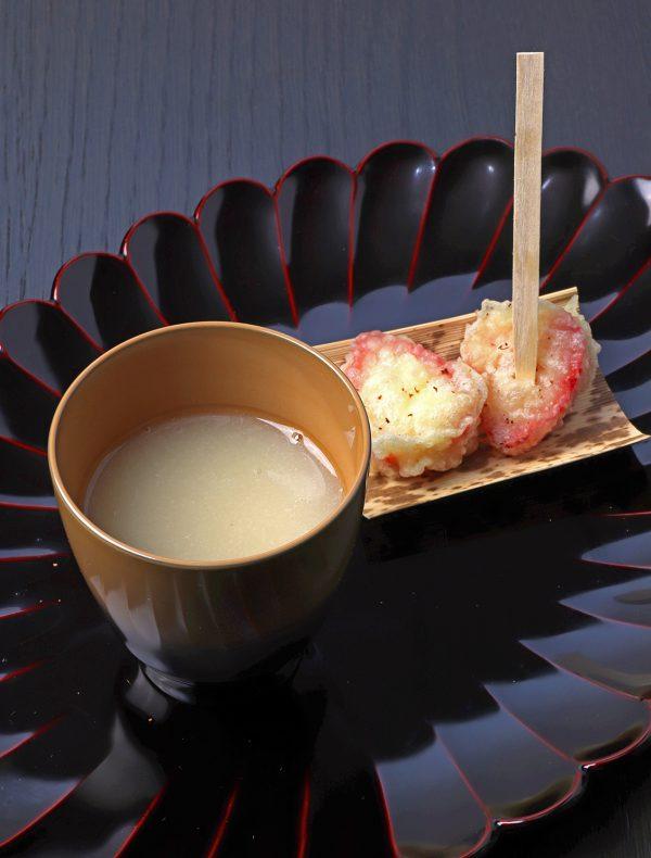 苺の天ぷらと白いんげん豆のおしるこ