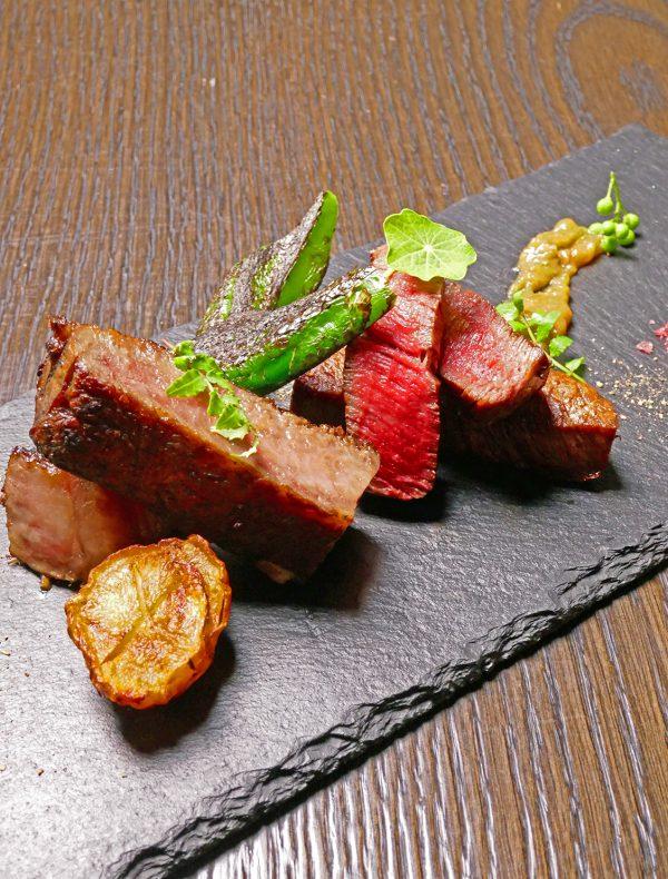 京都牛サーロインとフィレ肉の食べ比べ 実山椒味噌 ¥5,400