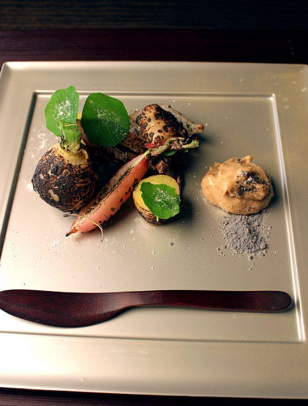 フォアグラ味噌と根菜の炙り焼き ¥1,600