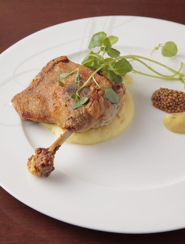 鴨もも肉のコンフィ 二種のマスタードを添えて ¥2,500