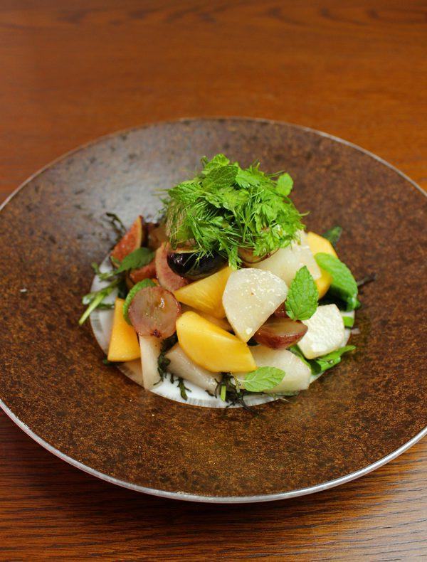 季節の果物サラダ ¥1,600