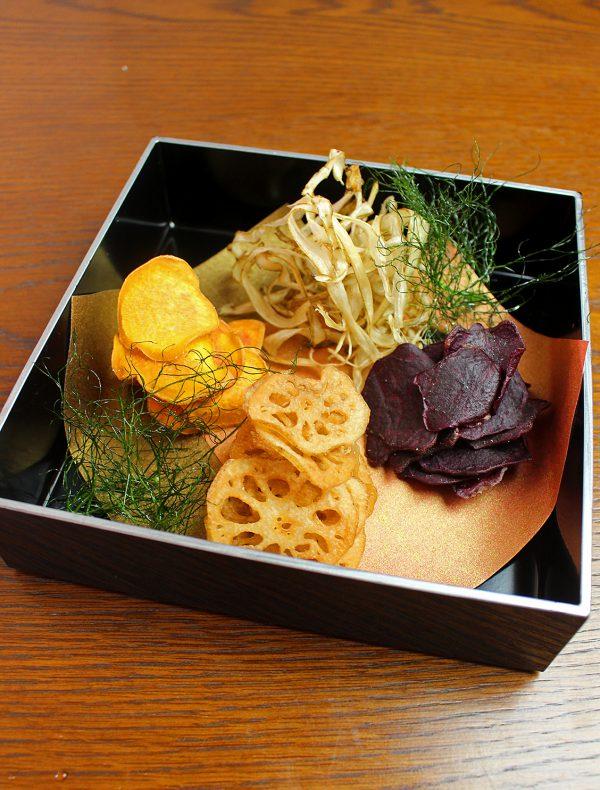 三種の野菜チップス ¥650