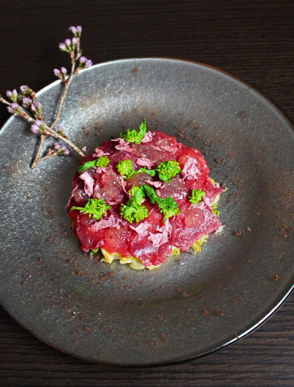 Horse meat carpaccio and Spring Cabbage marinated ¥2,300