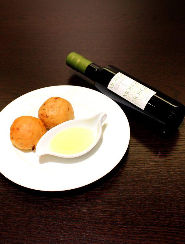 萌木パン2種 ポルチーニ茸&ドライトマト(萌木付き)¥500