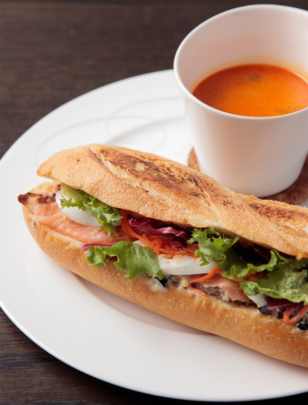 Baguette Sandwich with French Delicacy & Seafood Cream Soup<br />