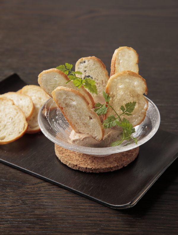 国産鶏レバーのスモークムース ¥1,500