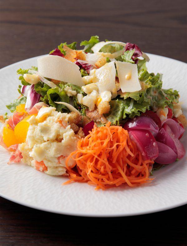 サラダ・ランチ(リヨン風惣菜サラダ) ¥1,600