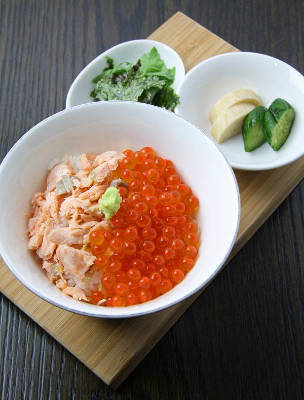 鮭イクラご飯 ¥1,600