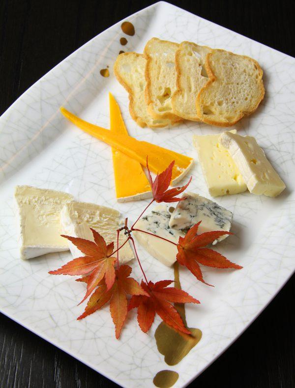 テイクアウト チーズの盛り合わせ
