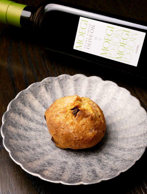 本日の自家製パン ¥350