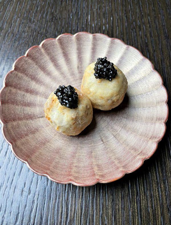 里芋のフリット オシェトラキャビア添え(1ヶ) ¥750