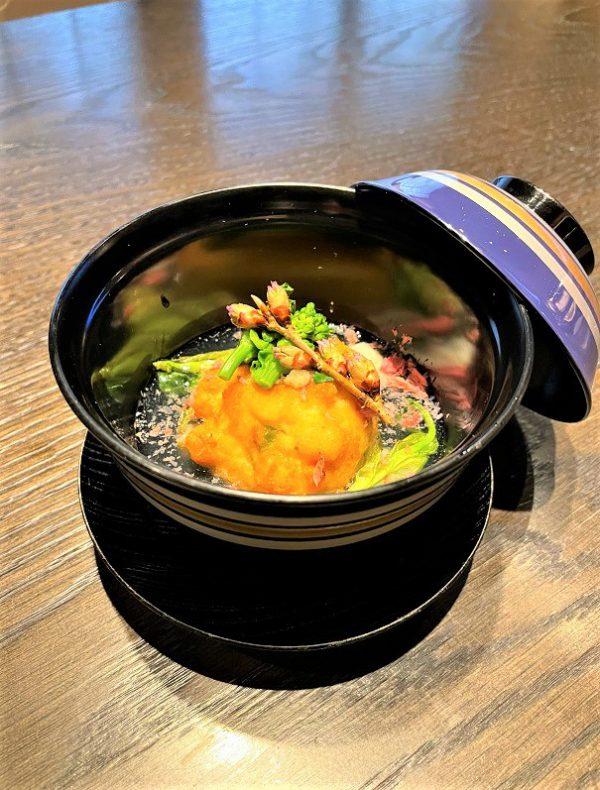 祇園店シェフの一品 モッツァレッラチーズとつぶ貝のがんもどき 1,350円