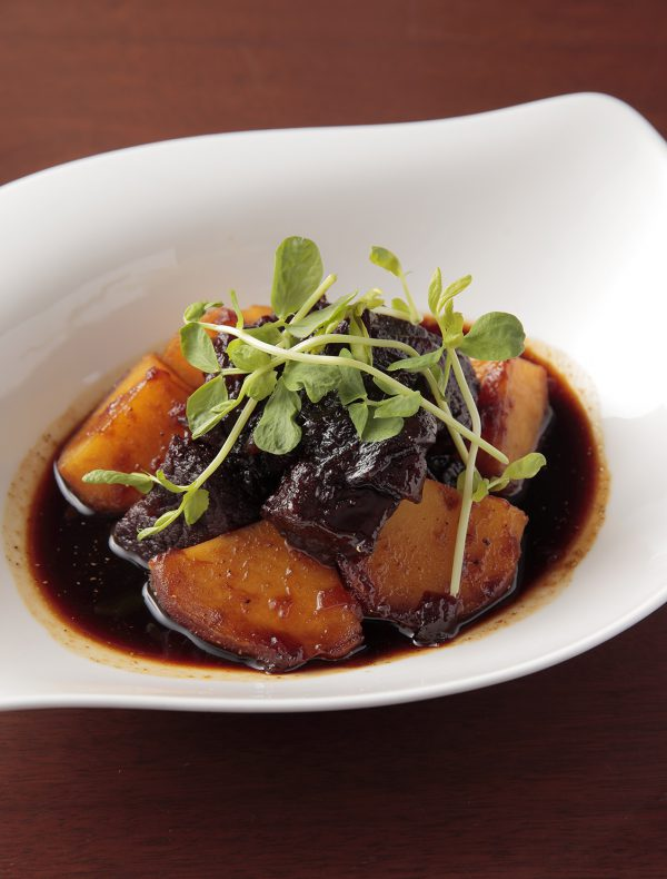 Braised Potato and Wagyu Beef ¥2,200