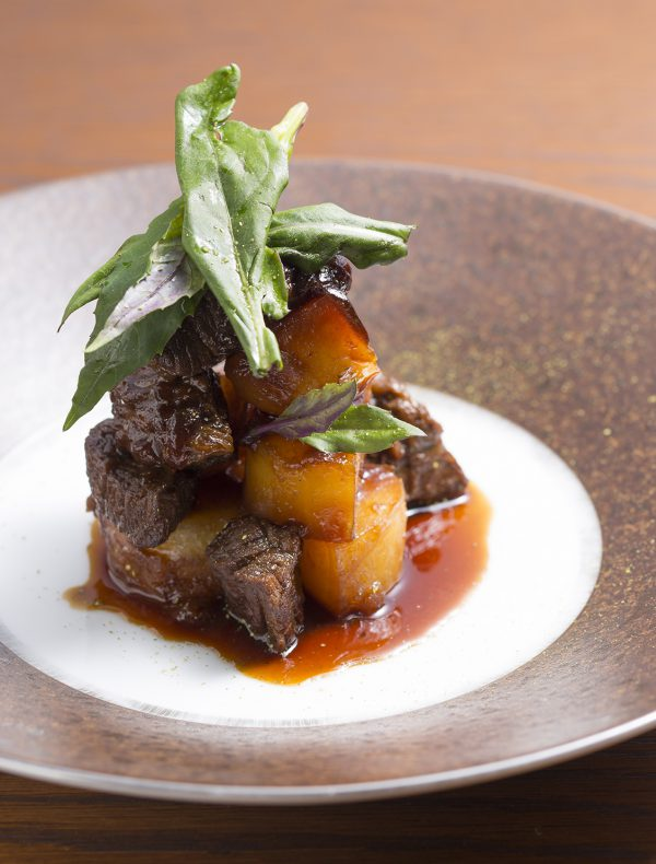 Braised Potato and Wagyu Beef, flavored with Prickly Ash Berry Pepper ¥2,000