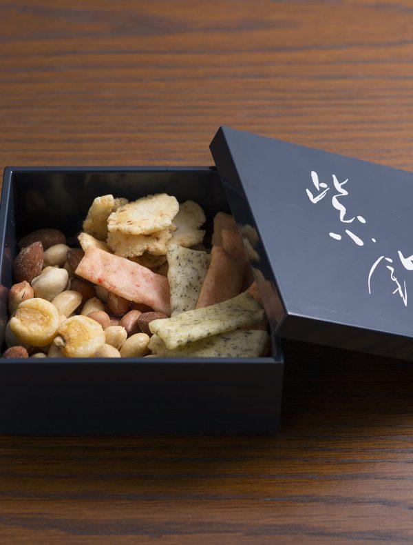 Rindo BOX Assortment of Crackers ¥550