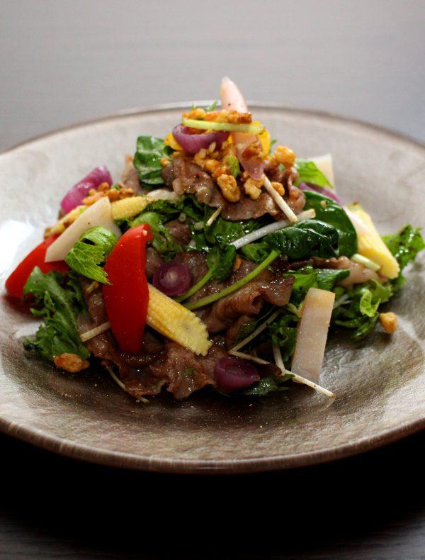 Japanese Beef sirloin salad ¥4,600