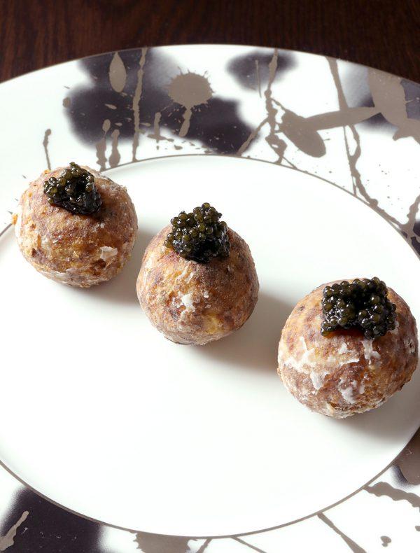 フレッシュキャビアと里芋(1個) ¥800