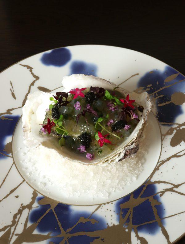 岩牡蠣「夏輝」のミ・キュイとそのジュレ ¥2,000
