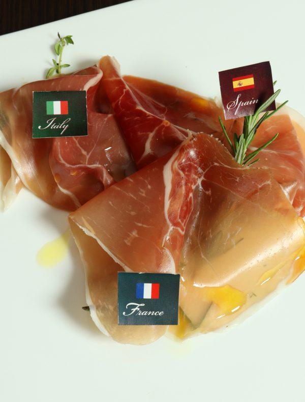 Prosciutto and Salami ¥1800