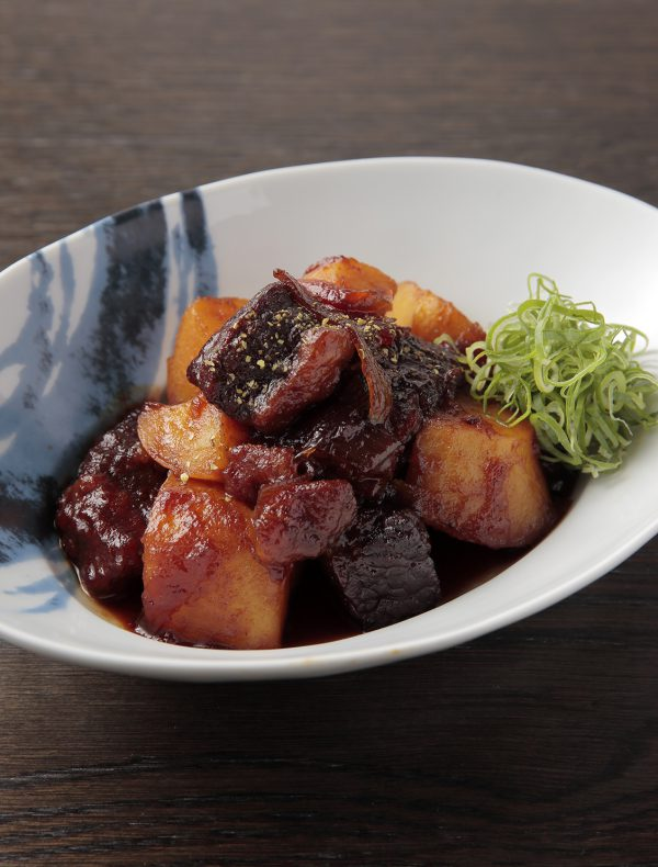 Braised Potato and Wagyu Beef, flavored with Sansho Pepper ¥1,620
